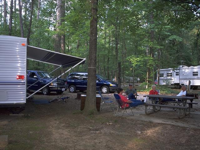 RV Camping at Chemin-A-Haut SP. Photo